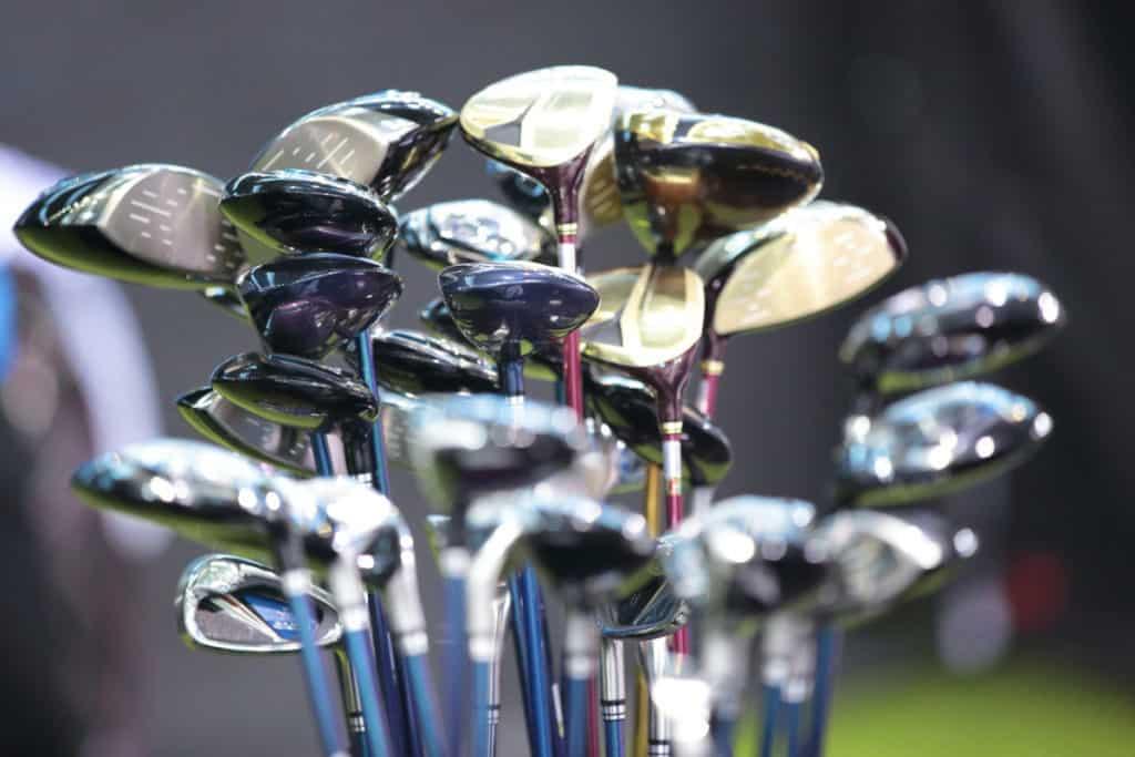 How far should a beginner hit a golf ball